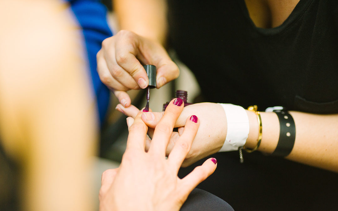 Abuse training required for salon workers under AB 326